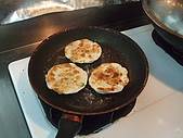 網誌用的圖片:蔥油餅煎好了