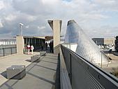 2008-02 Tacoma 玻璃博物館:連接博物館跟華大Tacoma分校的天橋