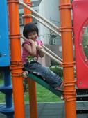 Q寶貝.軒寶貝居家篇:小Q小嫩在溜滑梯玩 (6).JPG