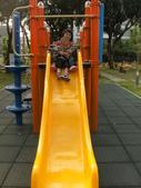 Q寶貝.軒寶貝居家篇:小Q小嫩在溜滑梯玩.JPG