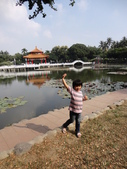 Q寶貝.軒寶貝搞笑篇:1001029Q寶貝再台南公園搞笑照 (1).JPG