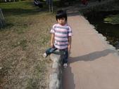 Q寶貝.軒寶貝搞笑篇:1001029Q寶貝再台南公園搞笑照 (2).JPG