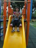 Q寶貝.軒寶貝居家篇:小Q小嫩在溜滑梯玩 (3).JPG