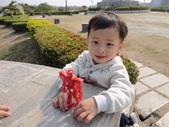 Q寶貝.軒寶貝出遊篇:201241帶Q嫩寶貝到台南林默娘公園走走 (2).JPG