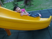 Q寶貝.軒寶貝居家篇:小Q小嫩在溜滑梯玩 (4).JPG