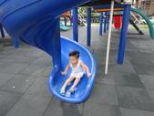Q寶貝.軒寶貝到外婆家度假:101716帶寶貝嫩到公園走走 (2).JPG