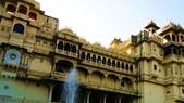 【2016。勇闖印度】白城烏代浦爾。Ranakpur千柱廟,藍城久德浦:烏代浦City Palace