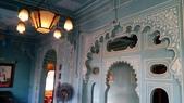 【2016。勇闖印度】白城烏代浦爾。Ranakpur千柱廟,藍城久德浦:烏代浦爾城市宮殿博物館 - Zenana Mahal