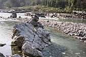 Rishikesh, March 2007:恆河中的岩石