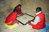 Trekking in Nepal, Dec 2003:Life in the monastery