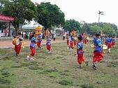 在學校和各地廟宇慶典表演跳鼓陣:cm8k-1207401550-52480-373.jpg