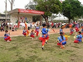在學校和各地廟宇慶典表演跳鼓陣:cm8k-1207401599-33819-584.jpg