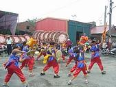 在學校和各地廟宇慶典表演跳鼓陣:cm8k-1208759442-38210-724.jpg