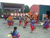 在學校和各地廟宇慶典表演跳鼓陣:cm8k-1208759457-45518-109.jpg