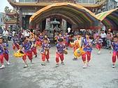 在學校和各地廟宇慶典表演跳鼓陣:cm8k-1208759514-33166-196.jpg