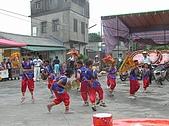 在學校和各地廟宇慶典表演跳鼓陣:cm8k-1210216876-37989-885.jpg