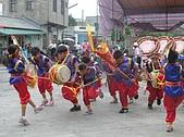 在學校和各地廟宇慶典表演跳鼓陣:cm8k-1210216919-29665-387.jpg
