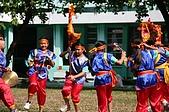在學校和各地廟宇慶典表演跳鼓陣:cm8k-1238428128-33518-384.jpg