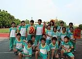 在學校和各地廟宇慶典表演跳鼓陣:classfront_41.jpg