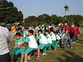 在校園裡自己與朋友老師們的照片:cm8k-1170600412-51786-887.jpg