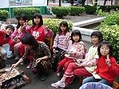 在校園裡自己與朋友老師們的照片:cm8k-1175580139-22677-408.jpg