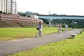 騎單車遊政大:013