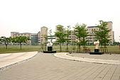 國立高雄大學:051