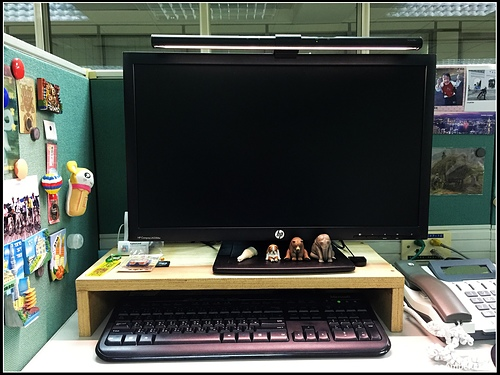 B6.jpg - WiT ScreenBar 螢幕智能掛燈