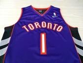 NBA球衣 暴龍隊:暴龍隊1號TMAC 黑紫色2.jpg