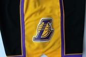 NBA球衣 湖人隊:湖人隊 球褲 好萊塢之夜 黑色2.jpg