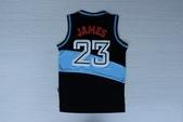 NBA球衣 騎士隊:騎士隊23號james 復古 黑藍1.jpg