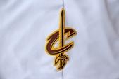 NBA球衣 騎士隊:騎士隊 球褲 白色2.jpg