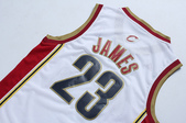 NBA球衣 騎士隊:騎士隊23號james 復古 白色2.jpg