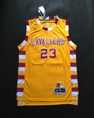 NBA球衣 騎士隊:騎士隊23號JAMES 復古 黃色黃邊.jpg