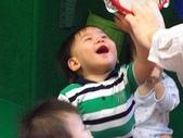 嬰兒部:開心拍一下~