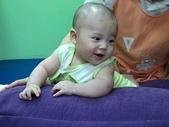 嬰兒部:好舒服的床~
